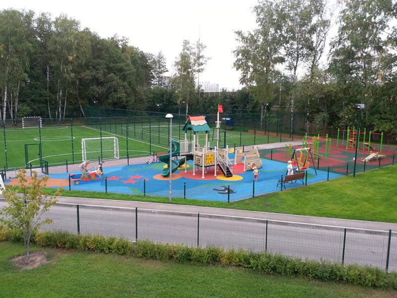 Возведение детских площадок